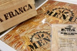 Zona Franca Bar&Bistro
