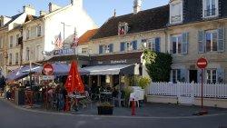 La Taverna, Lion-sur-mer.