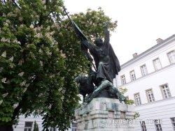 Kapisztrán Szent János-szobor