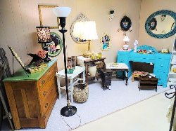 Lake Lanier Country Cottage Antiques