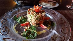 Salmone Tartare - crisp and refreshing!
