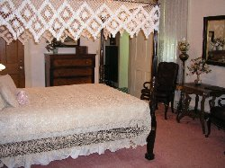 Candlelight Lodge Bed and Breakfast