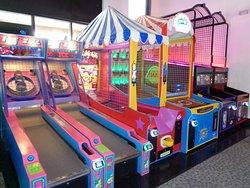 Laser Oasis Family Entertainment Center
