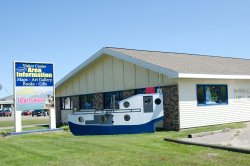 Munising Visitor Center