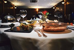 Le Raj Restaurant