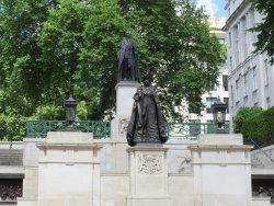 King George VI & Queen Elizabeth Memorial