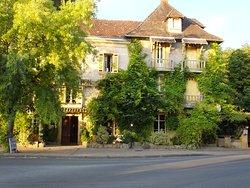 Hotel Restaurant Le Cro-Magnon
