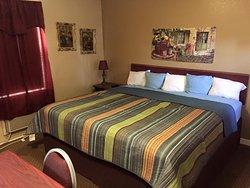 Highland Court Motel
