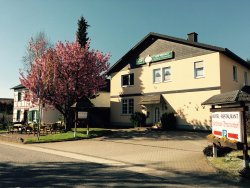Landhaus-Brunnenhof