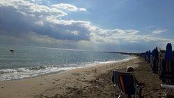 Spiaggia pulita, personale gentile