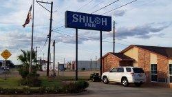 Shiloh Inn