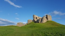 Duffus Castle Gallery