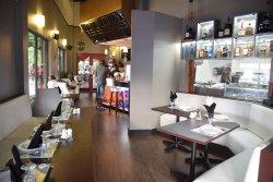 Mainland China Restaurant & Bar