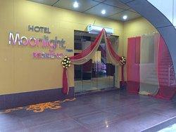 Hotel Moonlight Residency