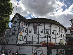 ‪Shakespeare's Globe Theatre‬