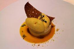 Mousse ananas en tube croustillant de passion