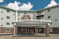 Baymont Inn & Suites Essex Burlington Area