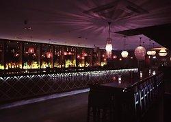 Qube Bar & Brasserie