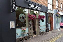 Earl's kitchen