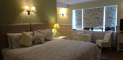 Cotswolds 39 Bed & Breakfast
