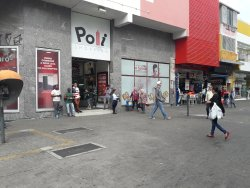Poli Shopping