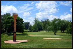 World Largest Golf Tee