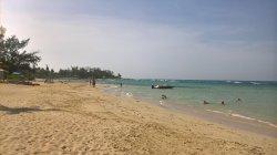 Beautiful resort, great location and friendly staff
