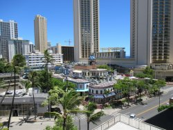 Great Location in Central Waikiki