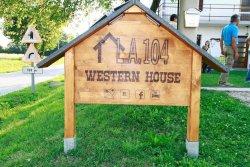 LA 104 Western House