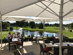 Ici le golf est synonyme de très bonne table