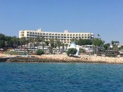 Beautiful location, fantastic Hotel