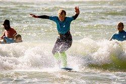 3 Surfers Surf School
