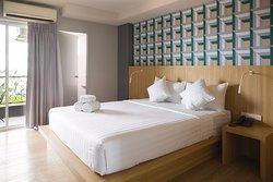 Siri Hotel & Residence Bearing