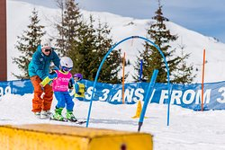 Oxygene Ski & Snowboard School La Tania