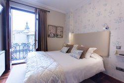 Cuatro Caminos Rooms
