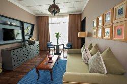 Owner's Suite Ante room