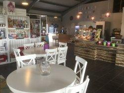 Mackenzies Farm Shop and Cafe
