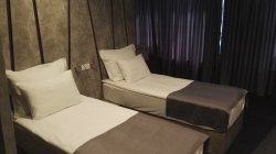 Excelent rooms, parking, beds and Wi-Fi