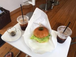 Kazbo Burger & Cafe