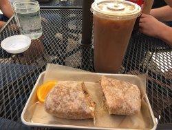 Daily Harvest Cafe