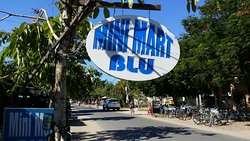 Blu Mart Greek Souvlaki & Bakery