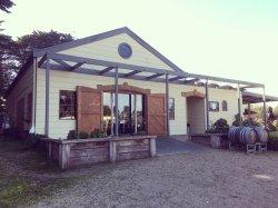 Barn & Co