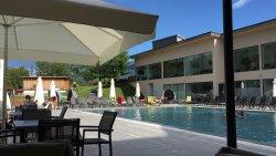 Pool und Indoor-Spielplatz