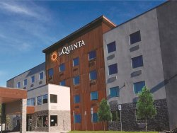 La Quinta Inn & Suites Anchorage Airport