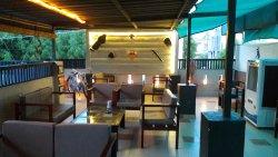 Shakti dinning & road runner cafe