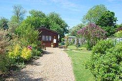 Garden Lodge B & B