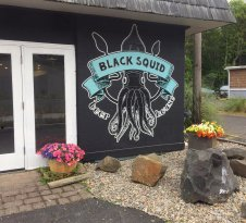 Black Squid Beer House