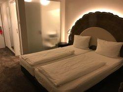 Magnifique hôtel mais chambre bruyante