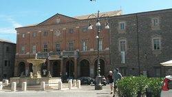Piazza Enrico Mattei