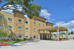 Welcome to the Best Western Plus Lake Jackson Inn & Suites!